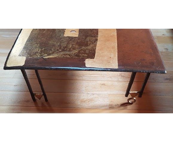 Table of salon Argueyrolles