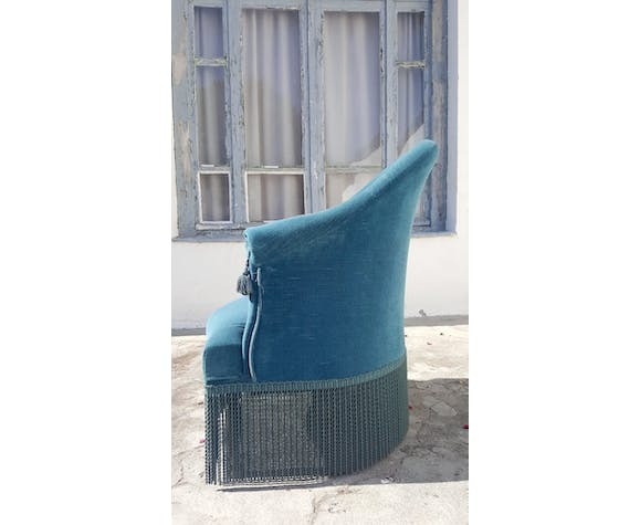 Blue toad chair