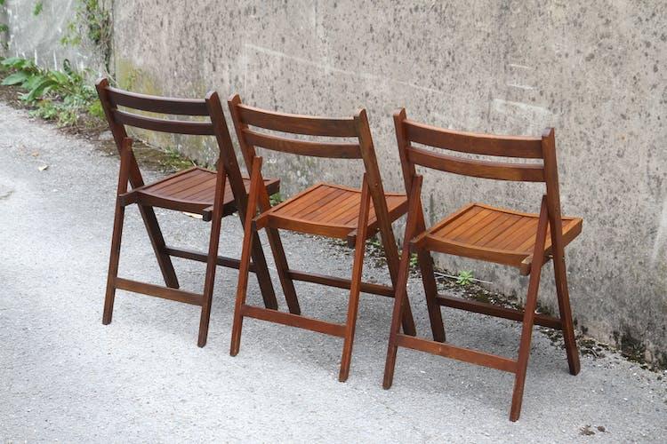 Série de 10 chaises pliantes en teck