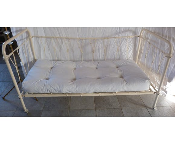 Seat or baby bed