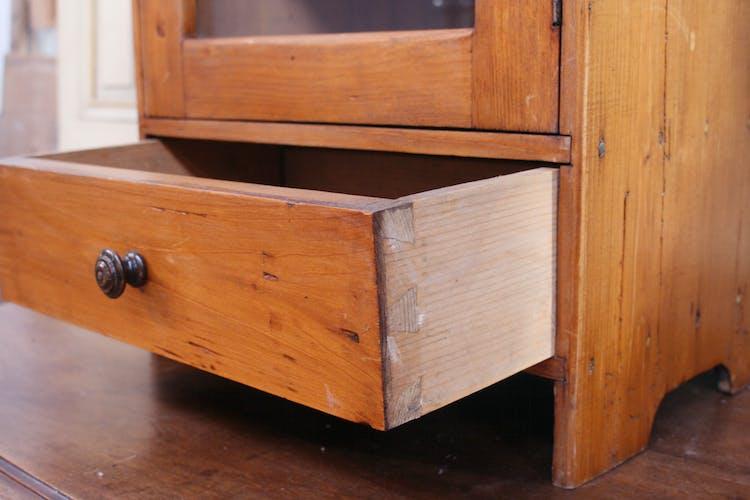 Armoire à pharmacie en bois