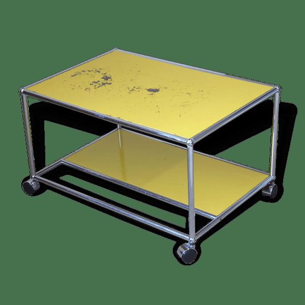 Desserte table basse roulante usm haller design fritz for Table basse grand format