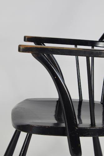 Chaise Frits Henningsen Windsor en chêne noir, ch-18a de Carl Hansen dans les années 1940