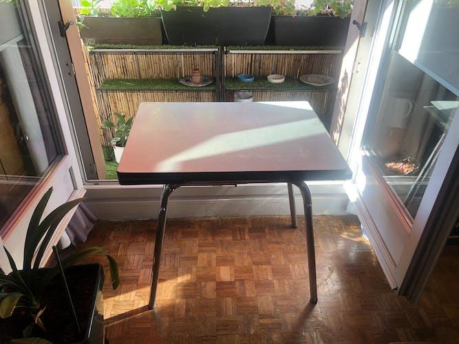 Table en formica bleue vintage