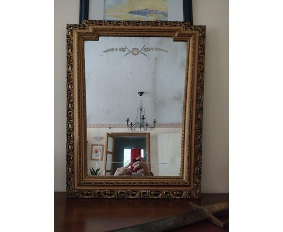 Miroir bois doré forme trapèze art déco