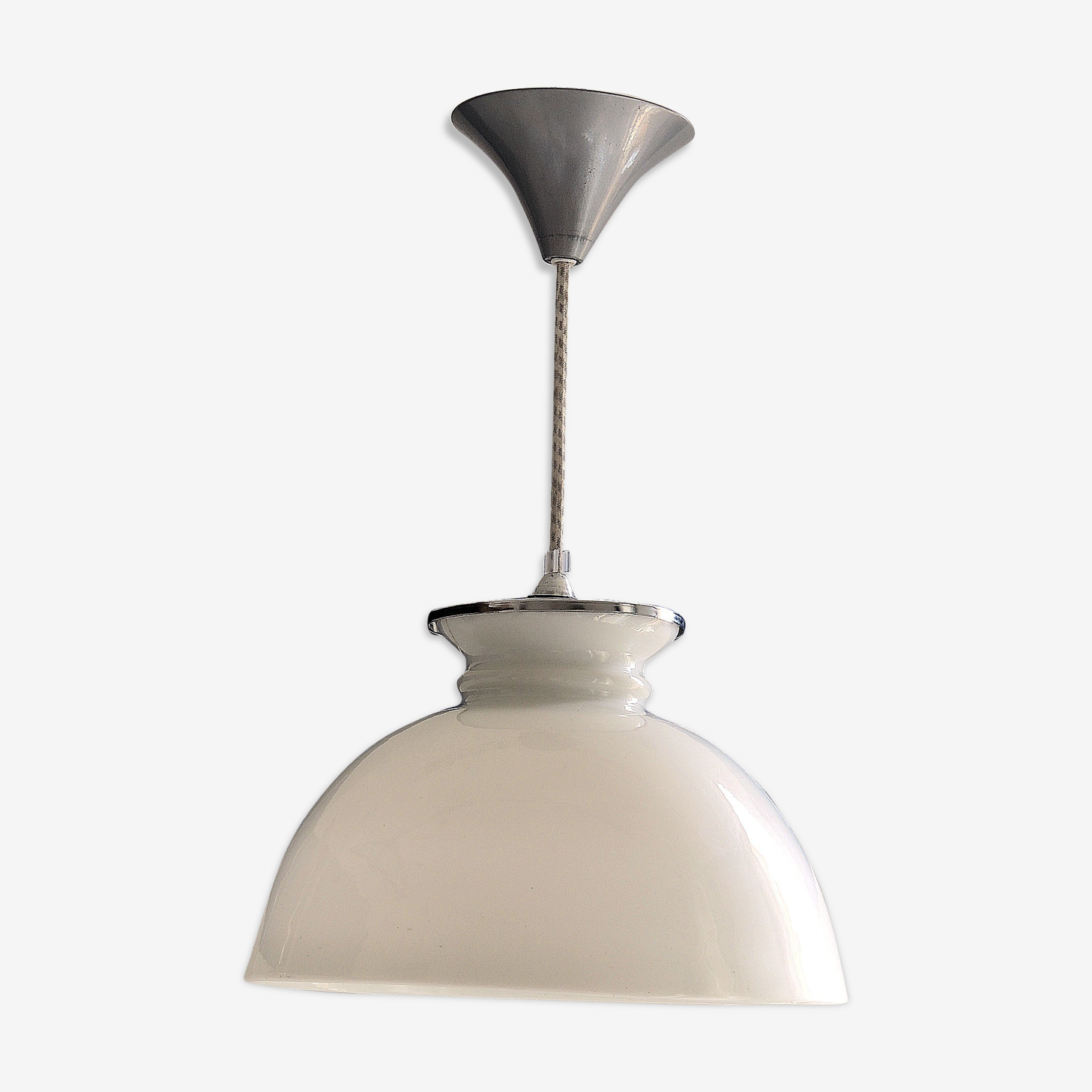 Suspension opaline blanche 30