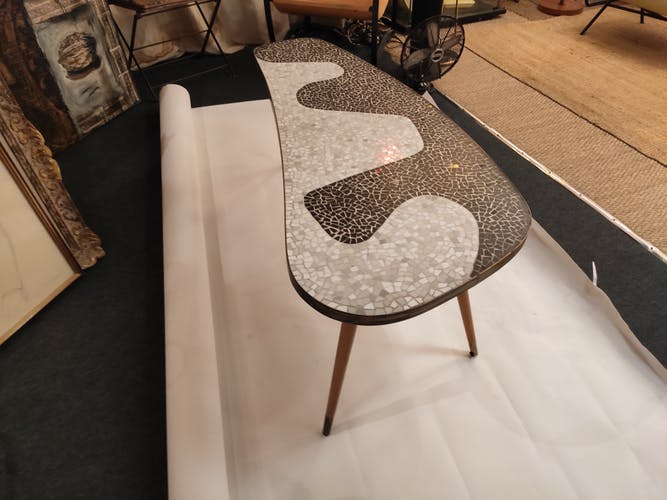 Table basse années 50 décor mosaïque