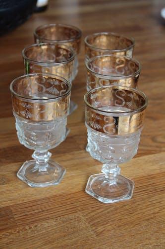 Ensemble de 6 verres à vin au décor doré