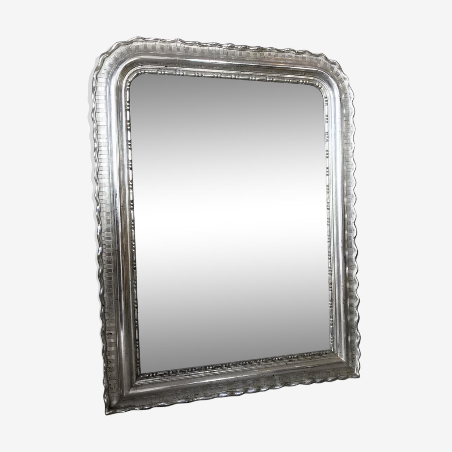 Miroir en or blanc, milieu XIXe H 118 x 90 cm