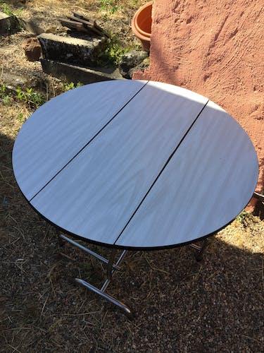 Table en Formica pliante