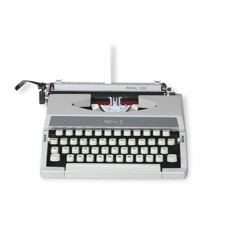 Machine a écrire Olympia Royal 200