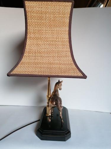 Lampe à poser cheval