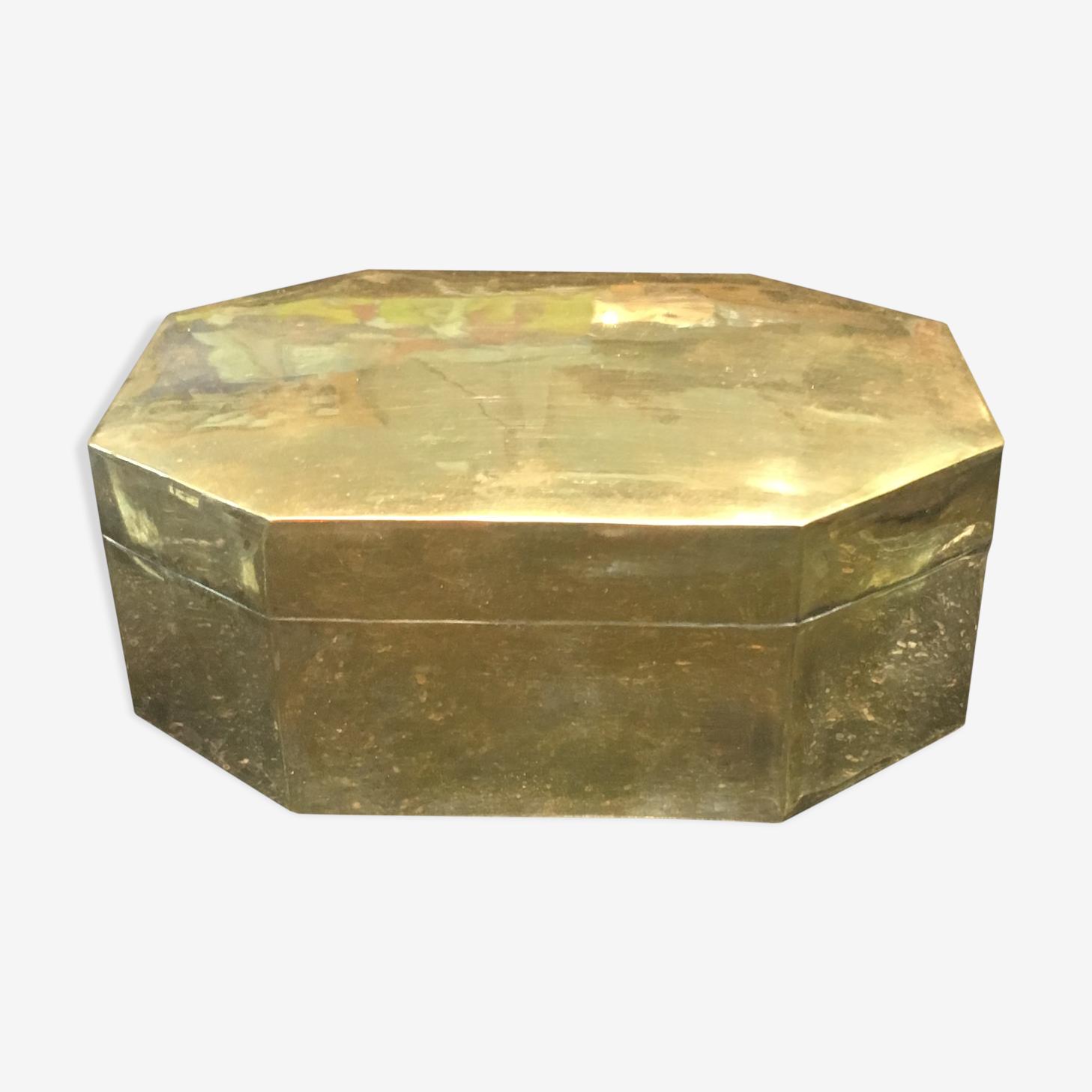 Boîte en laiton