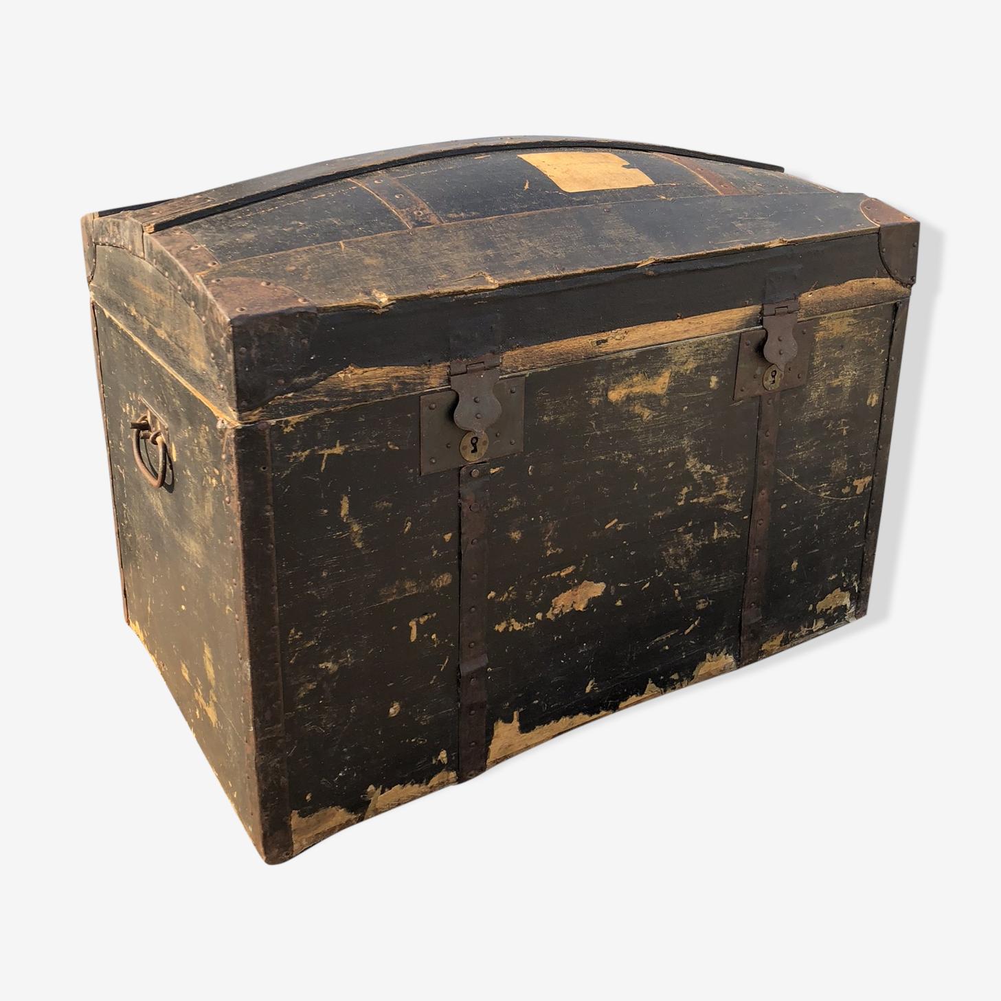 Ancienne malle en bois et métal