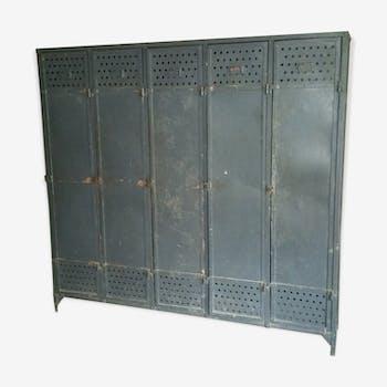 Industrial wardrobe 5-door of the 1930s