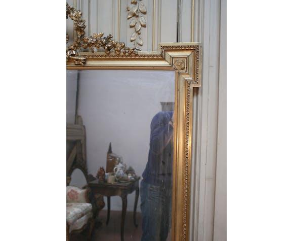 Miroir doré style Louis XVI