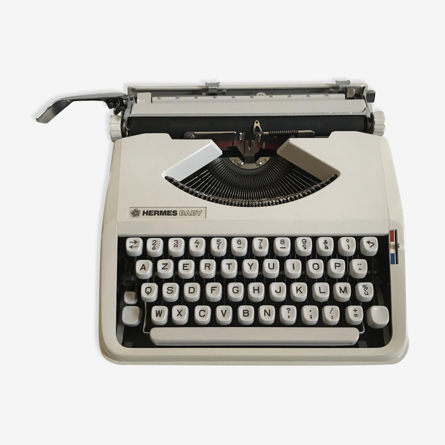 Machine à écrire Hermès