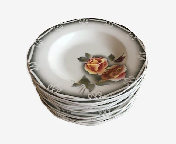 Lot d'assiettes en porcelaine Digoin de sarreguemines série Odile