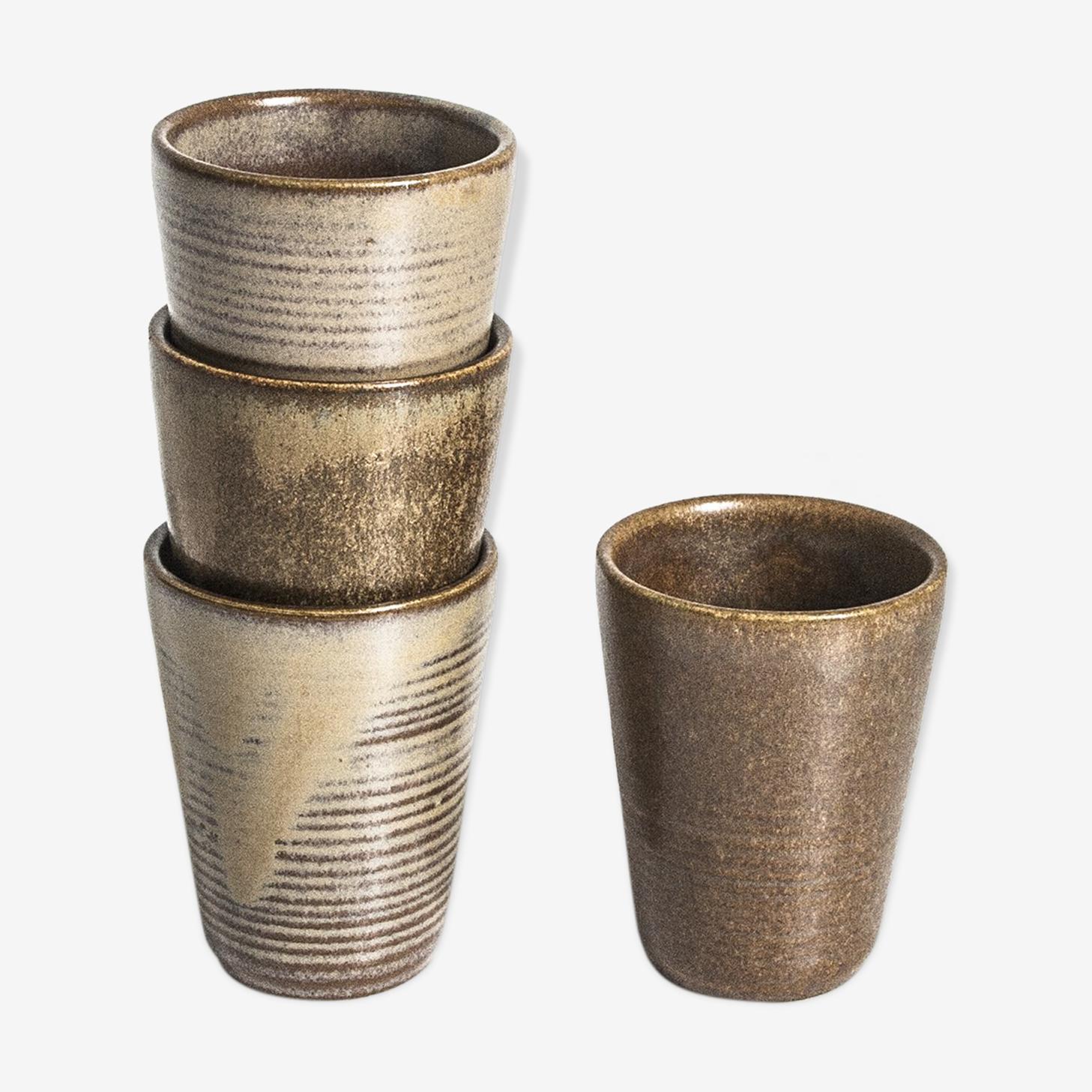Set of 4 ceramic glasses