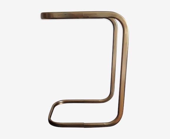 Bout de canapé métal doré