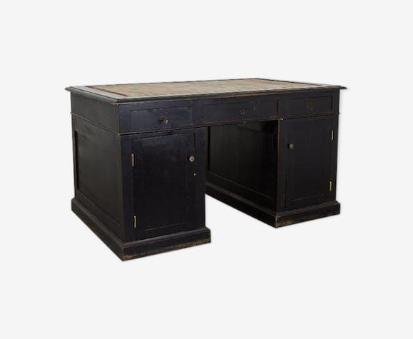 Bureau noir avec tiroirs fin xixe siècle bois matériau noir