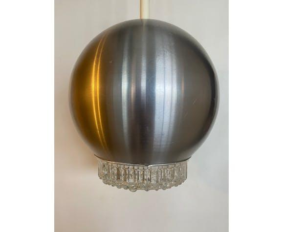 Suspension en aluminium et verre