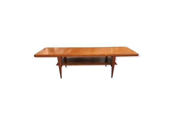 table basse en teck par johannes andersen circa 1960 bois mat riau bois couleur. Black Bedroom Furniture Sets. Home Design Ideas