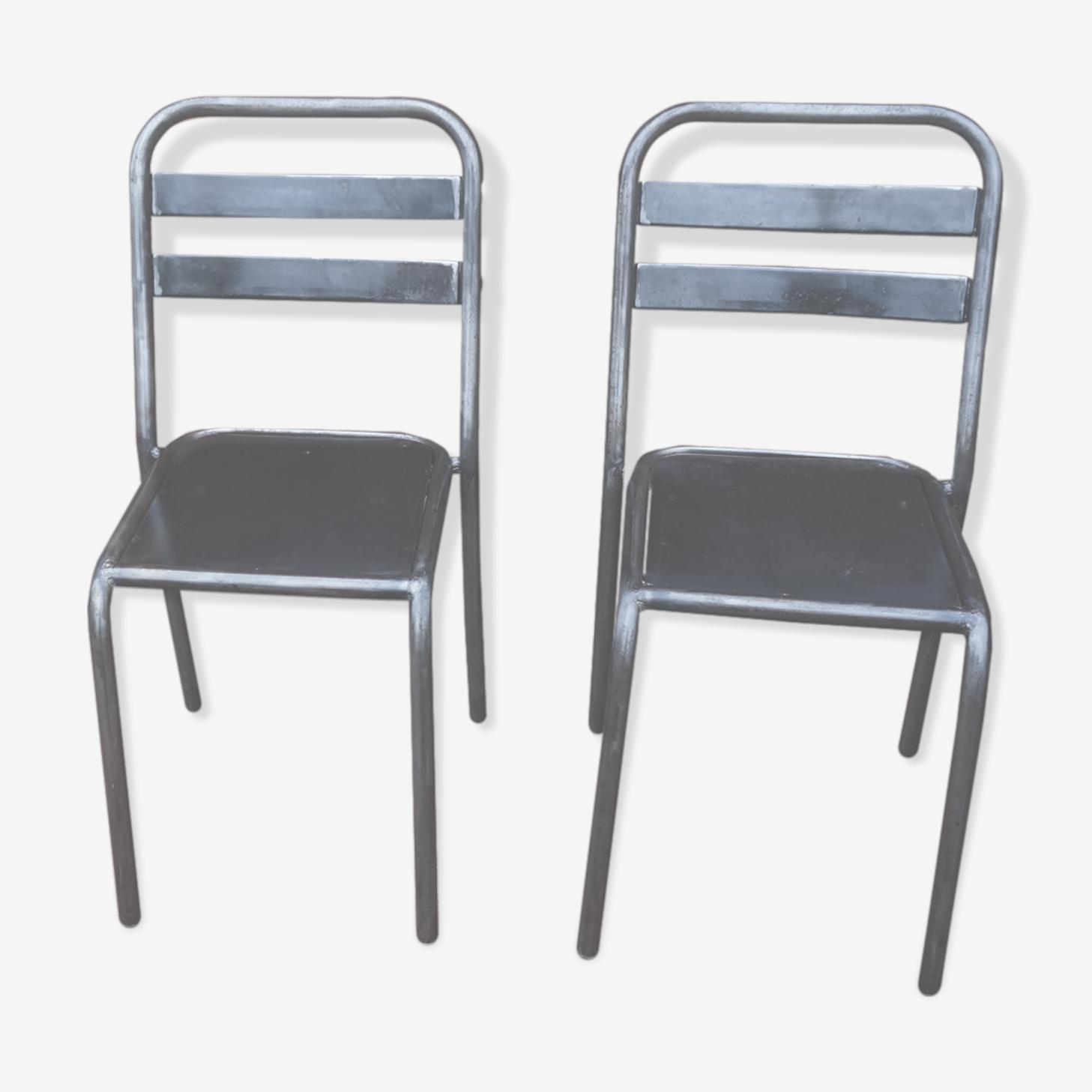 Paire de chaises en métal brossé