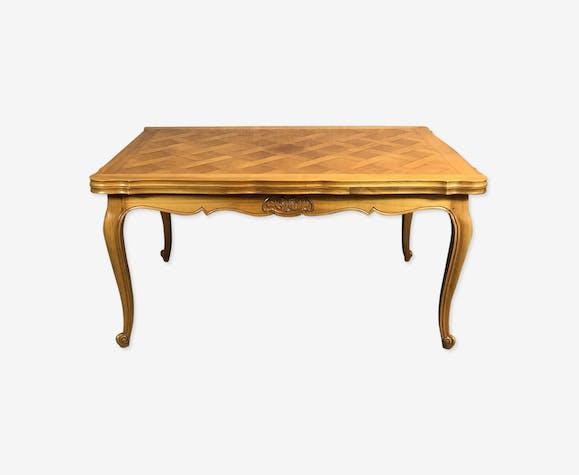 Table de style Louis XV en merisier