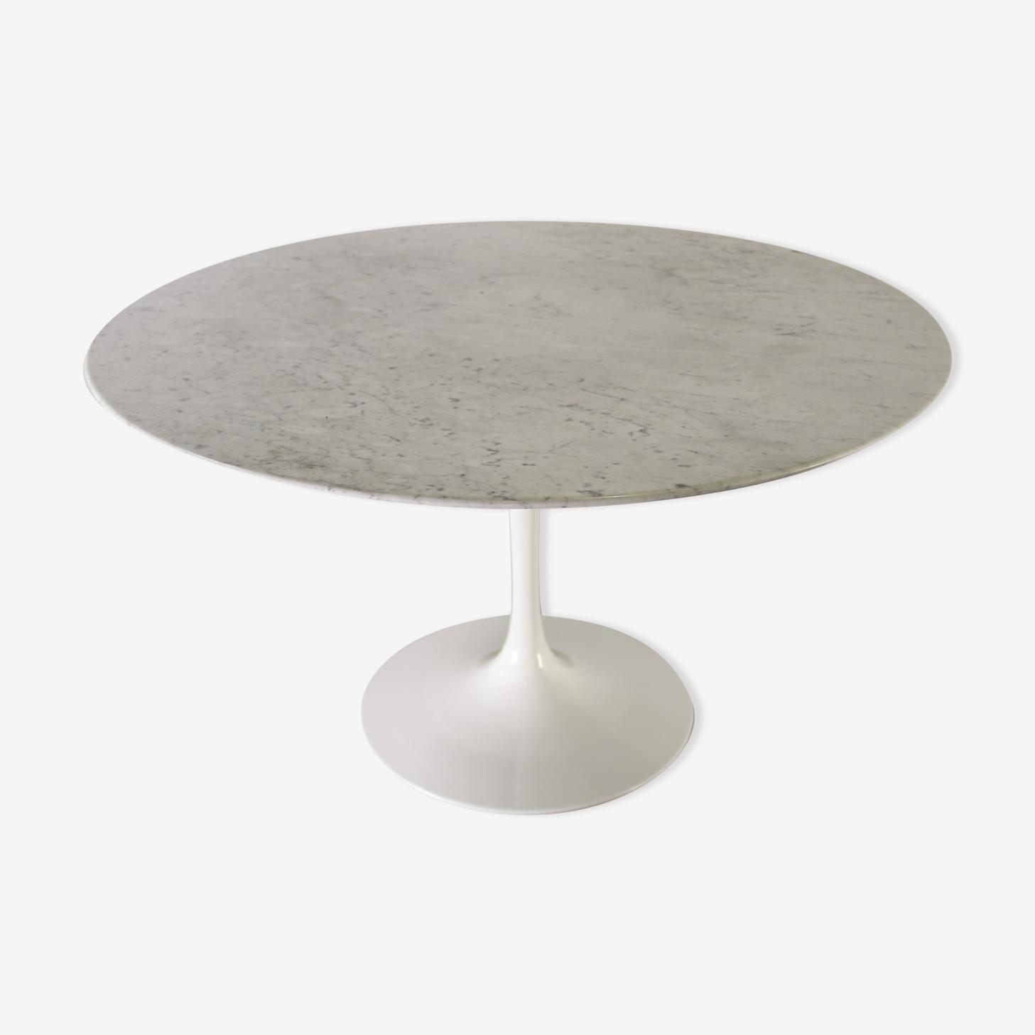 Table basse tulipe marbre Saarinen pour Knoll
