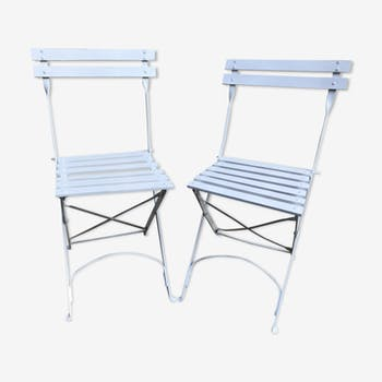 Pair of folding chairs