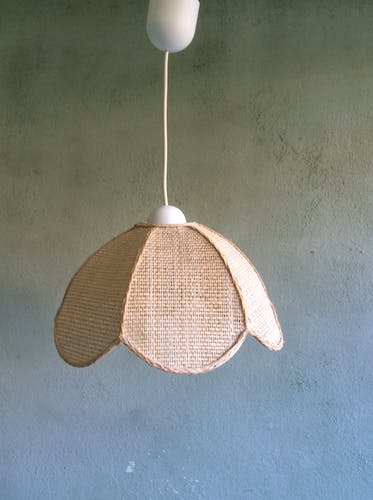 Hanging lamp form flower in raffia