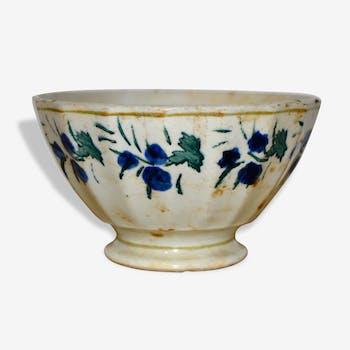 Bol en porcelaine , Circa 1900