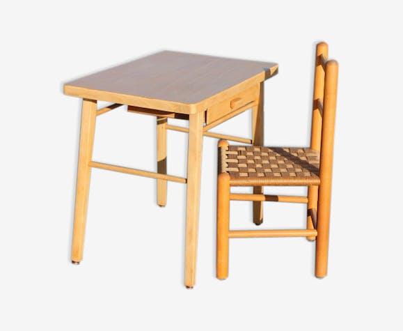 Bureau baumann et chaise modèle enfant