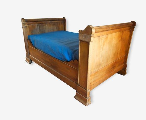 lit bateau ancien bois mat riau bois couleur classique 42763. Black Bedroom Furniture Sets. Home Design Ideas