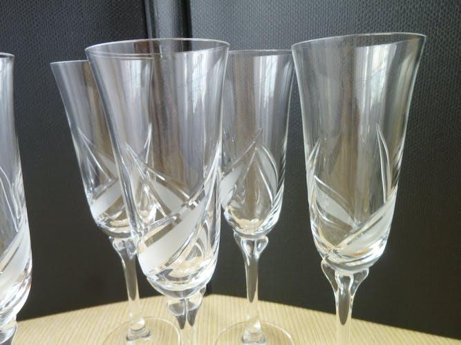 Set de 6 flutes à champagne décor en verre dépoli