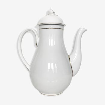 White porcelain jug with gilded décor