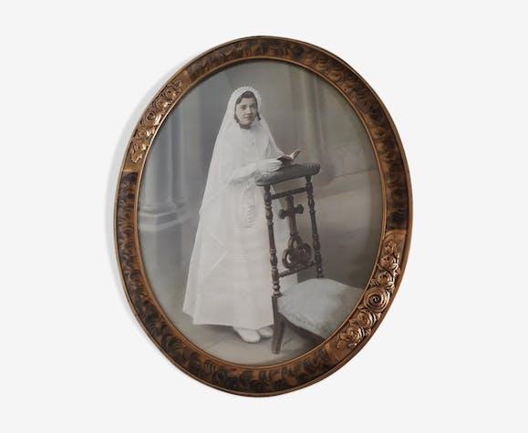 Photographie dans cadre ancien ovale