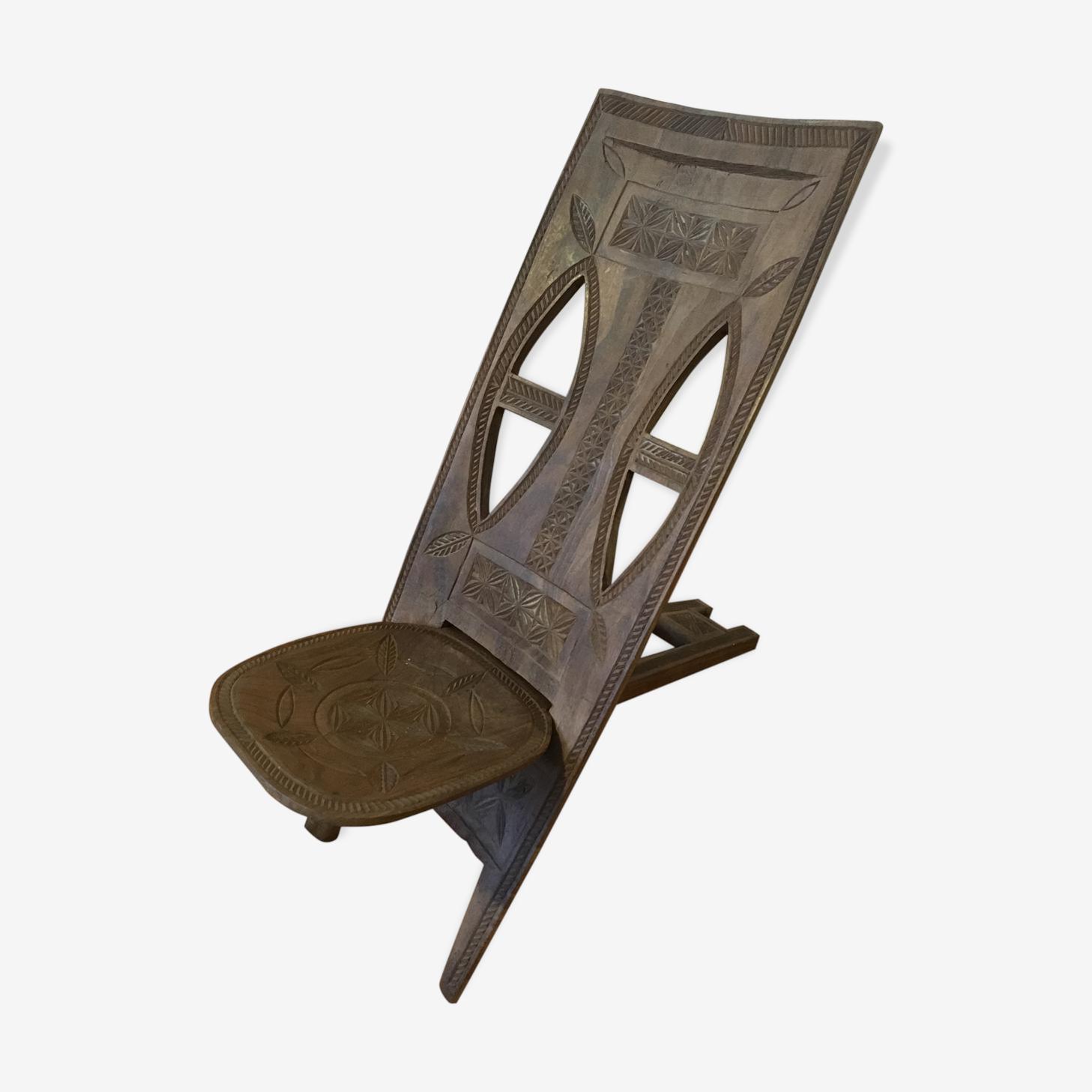 Chaise à palabre en bois sculpté
