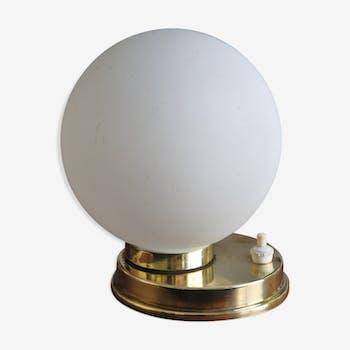 Lampe laiton opaline années 50