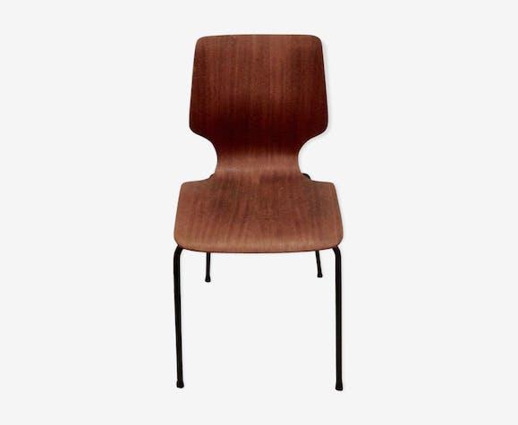 Produit BHV Chaise forme marteau.