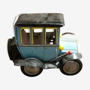 Old metal car