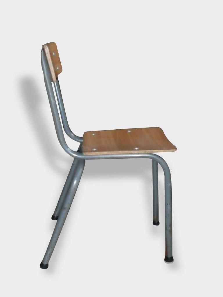 Chaise d'école maternelle