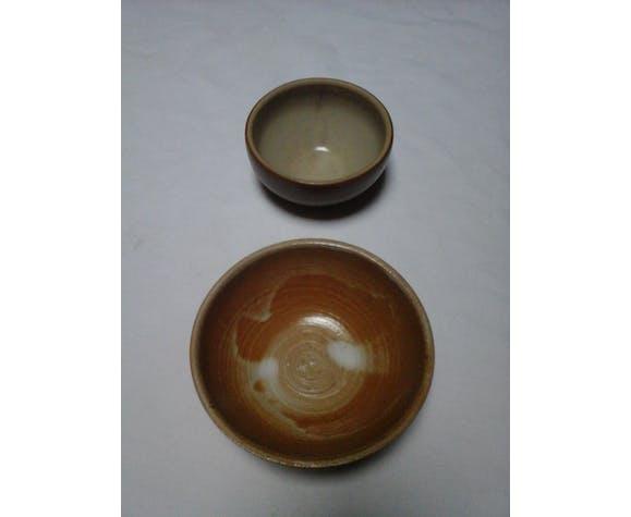 2 sandstone bowls