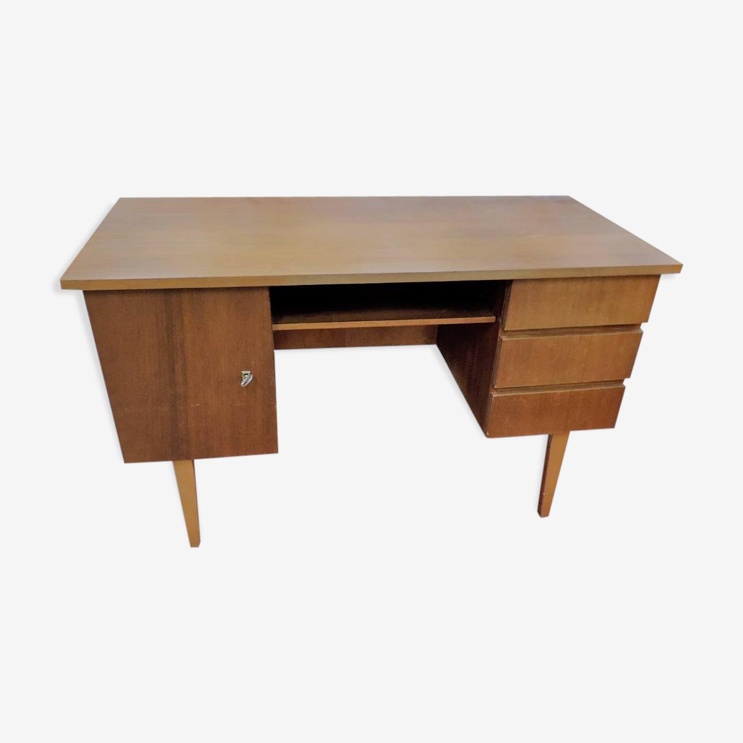 Bureau vintage rétro