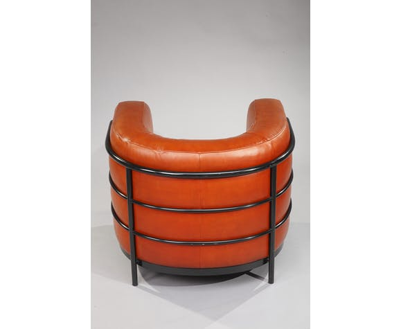 Zanotta armchair model Onda leather and black lacquered metal