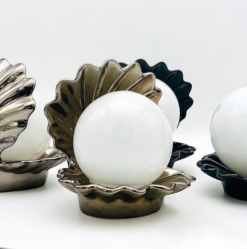 Lampe coquillage vintage en céramique de couleur bronze