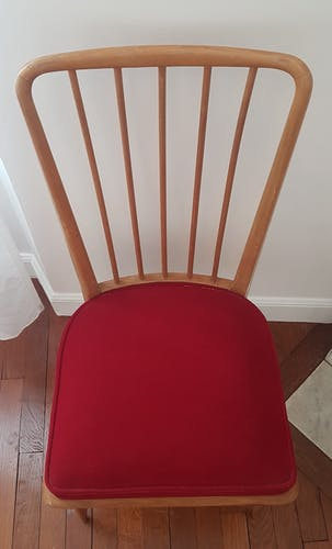 Chaise vintage en hêtre et velours bordeaux