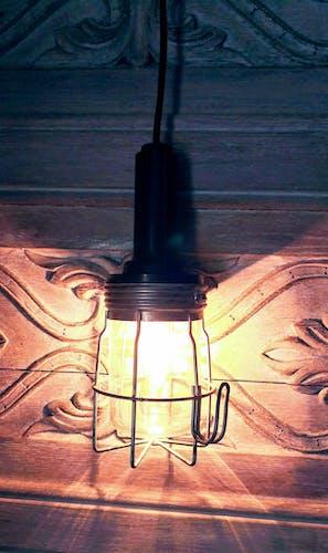 Ancienne lampe baladeuse en bakélite