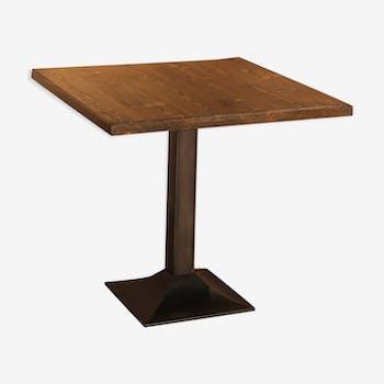 Table bistro carrée pied fonte et acier